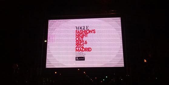 Luminoso VFNO 2012 en la calle Ortega y Gasset Madrid