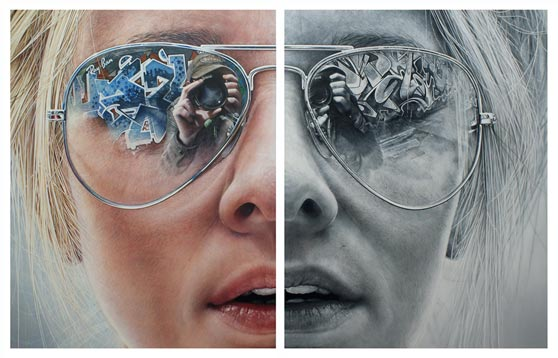 Ilustración del rostro de una chica dividido en dos color y bn
