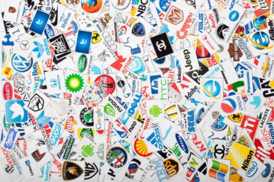 Collage de logos de marcas reconocidas